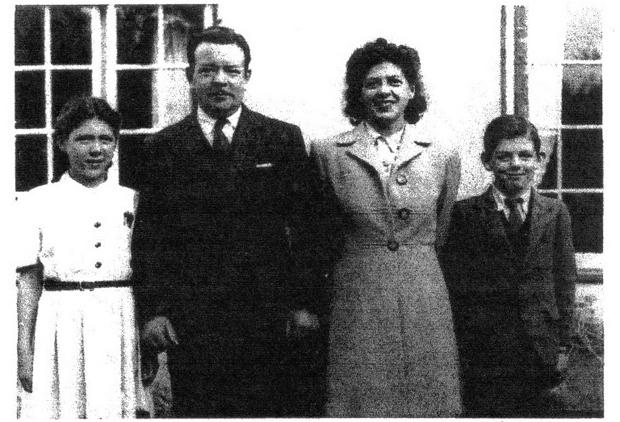 Thomas family, Wenallt Road, Rhiwbina